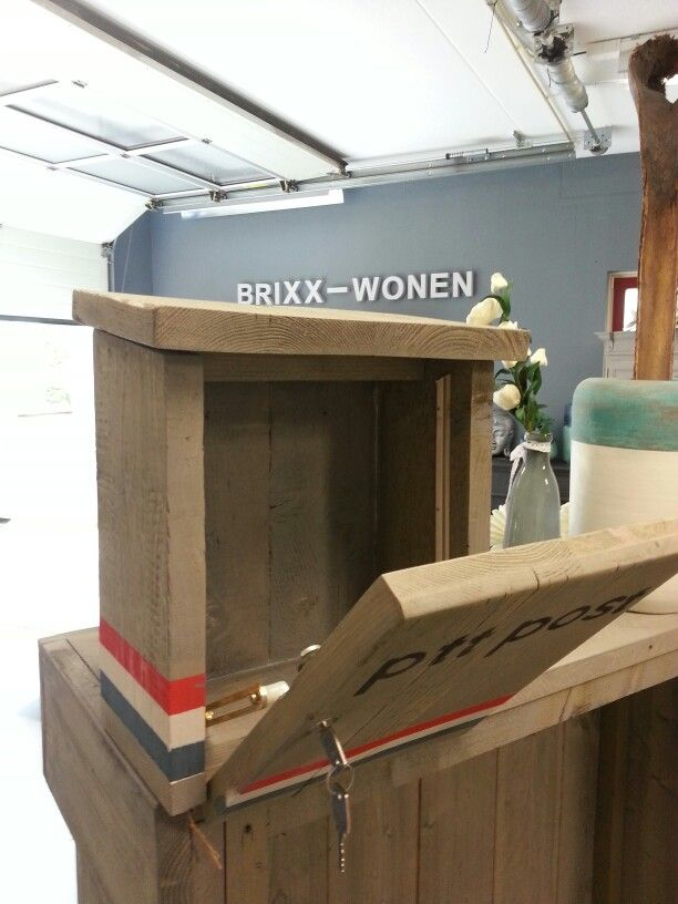 25 beste idee n over oud hout knutsel idee n op pinterest oud hout projecten houten oude hek - Meubels keukenraam ...