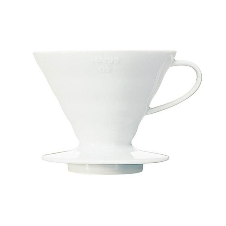 Hario V60 Ceramic Whitefeatures an advanced Japanese design to facilitate the production of quality pour over coffee. ThisHario pour overcoffee…