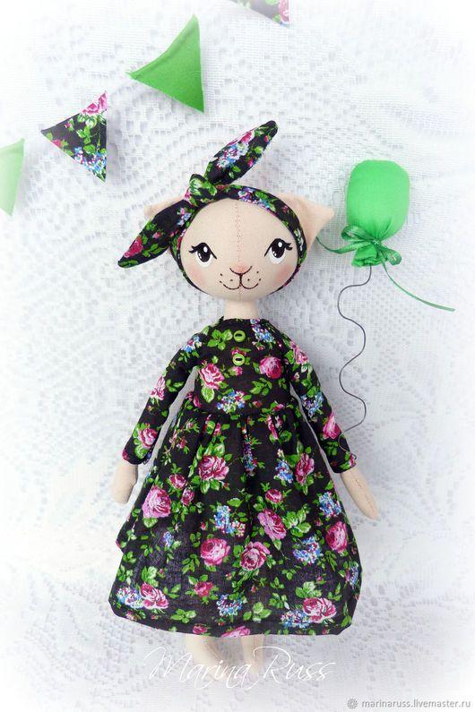 Fabric doll Kitty | Игрушки животные, ручной работы. Кошечка. Марина Русс (MarinaRuSS). Интернет-магазин Ярмарка Мастеров. Авторская работа, кошка игрушка