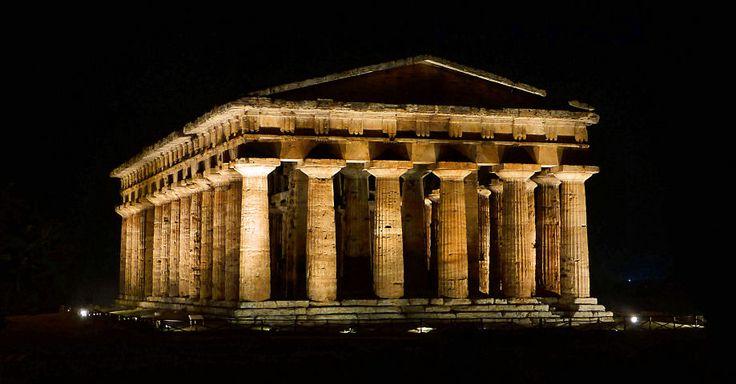 https://flic.kr/p/fqCf7N | Paestum - Italy | it.wikipedia.org/wiki/Tempio_di_Era_%28o_di_Nettuno,_di_P... it.wikipedia.org/wiki/Paestum#I_templi