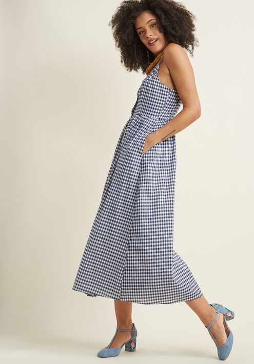 b442b529481 A gingham dress with POCKETS! I m in love. Quite Clearly Charismatic Maxi  Dress in Navy Gingham