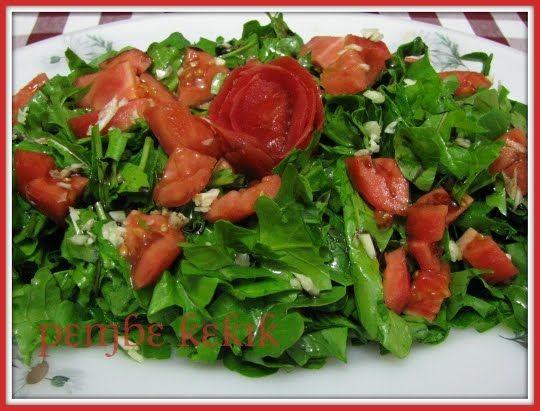 pembe kekik: sarımsaklı roka salatası