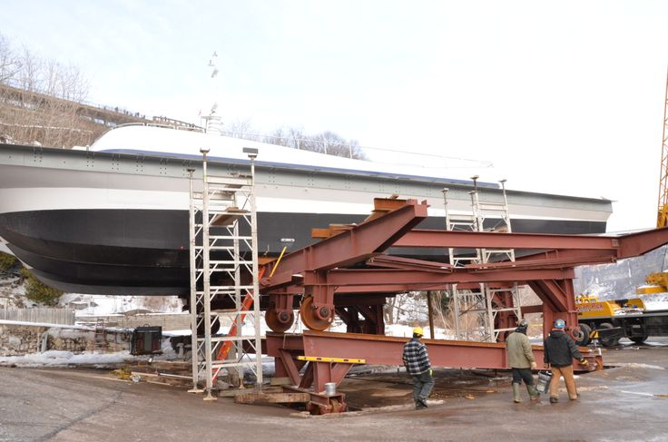 The arrival of the main bridge deck and starboard upper deck.