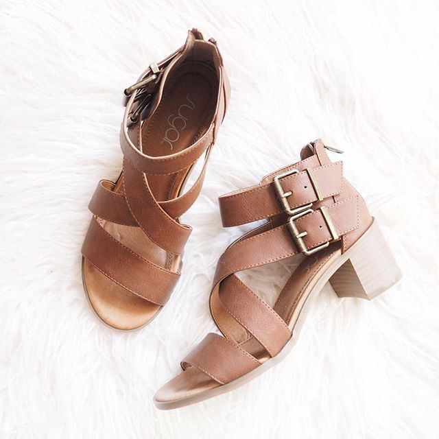 Best 25  Chunky heel sandals ideas on Pinterest | Nude shoes ...