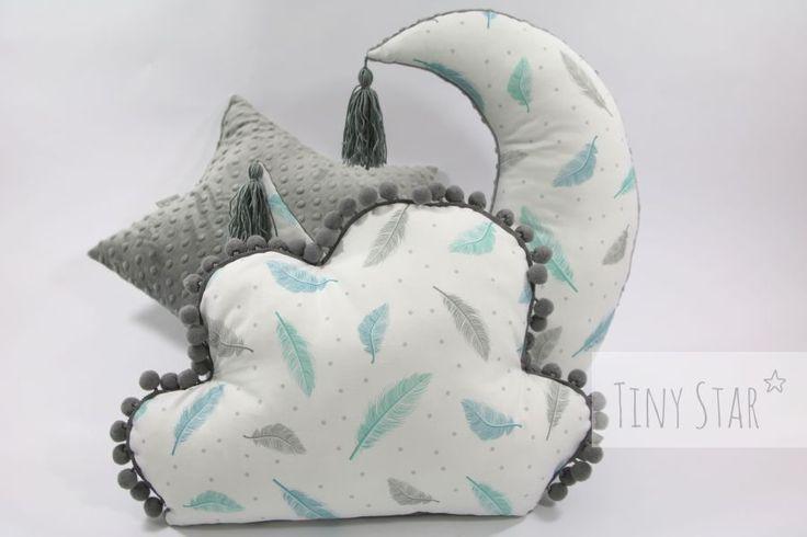 #piórka #poduszki #chmurka #księżyc #poduszka do karmienia # karmienie #chwosty #szarości #szary #pastele #niemowlę