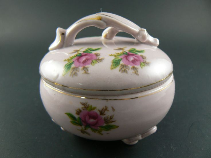 VINTAGE PINK PORCELAIN TRINKET BOX HAD PAINTED RICHARD JAPAN (E11)