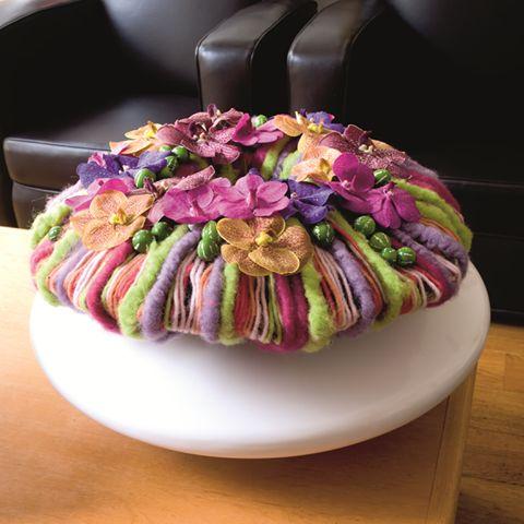 Floral arrangement ~ Jo Dieraert, florist, Zottegem  | via Facebook