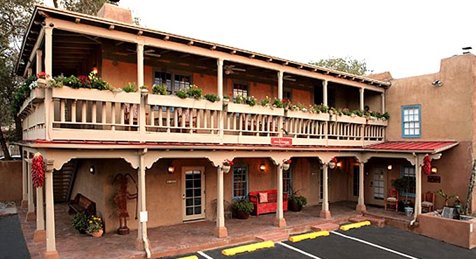 Inn At Vanessie in Santa Fe, NM.. The inn houses a piano bar, restaurant and 17 rooms under one roof.