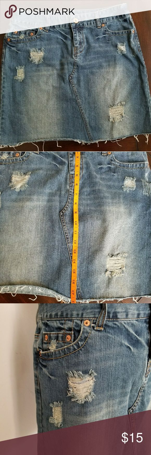 """AE distressed jean skirt Cute distressed jean skirt. EUC Waist: 16"""" laying flat Inseam: 18"""" American Eagle Outfitters Skirts Midi"""