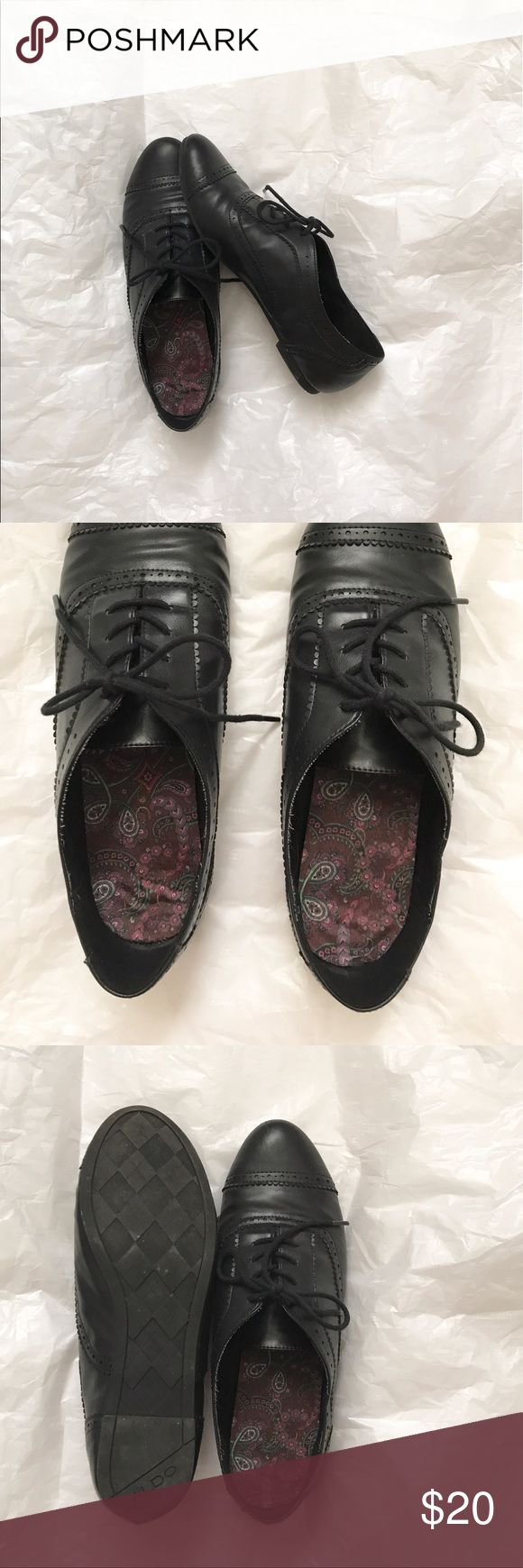 Black ALDO Oxfords Cute pair of oxfords that I only got to wear a couple of