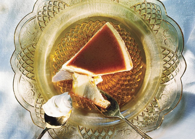 eggnog flan on cinnamon crust | Christmas | Pinterest