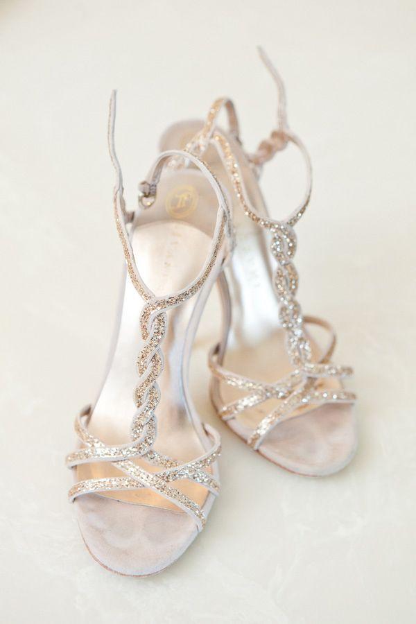 gold wedding shoes http://www.weddingchicks.com/2013/09/11/mediterranean-wedding/ Love these