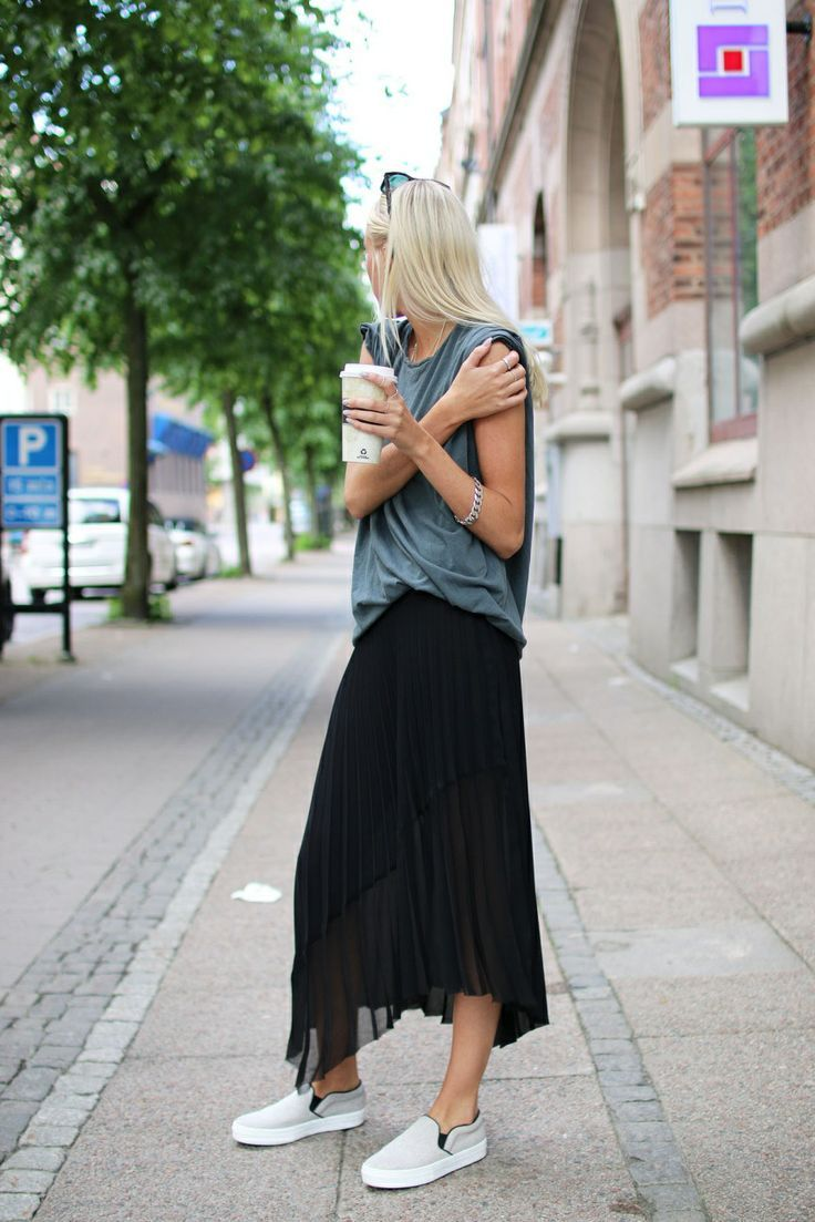 chiffon and dock shoes