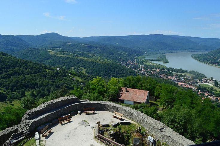 Kilátás a Visegrádi Fellegvár tetejéről, Hungary
