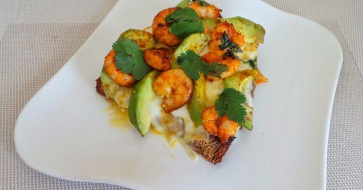 My Culinary Curriculum: Bruschetta crevettes, avocats, curry et mozzarella (Shrimp Bruschetta, avocado, curry and mozzarella)