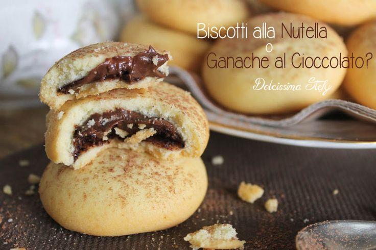 Buoni,morbidi e cremosi .. i Biscotti alla Nutella o Ganache al Cioccolato..e voi come li preferite? Un piccolo morso di bontà ;)