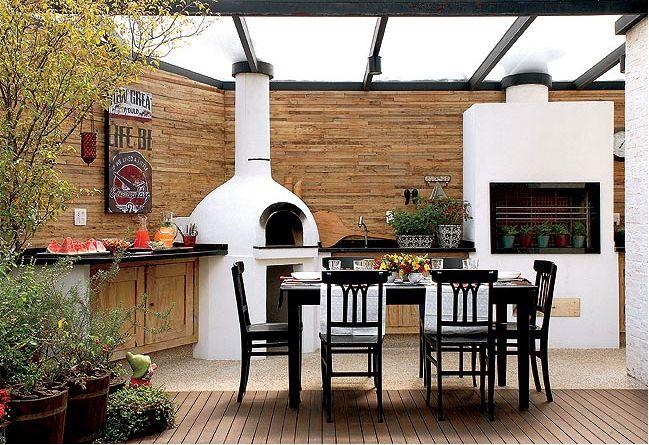 CASA FRUTO E FLOR - Construção da casa: Churrasqueiras - espaço Gourmet