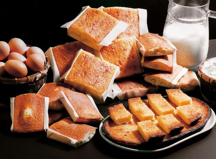 Sobaos pasiegos y quesada. Gastronomía en #Cantabria #Spain #Food #Travel