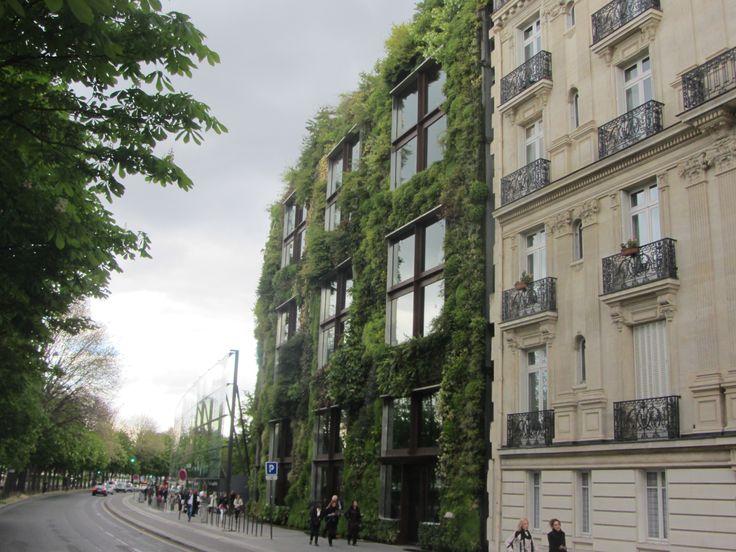 París, jardín vertical