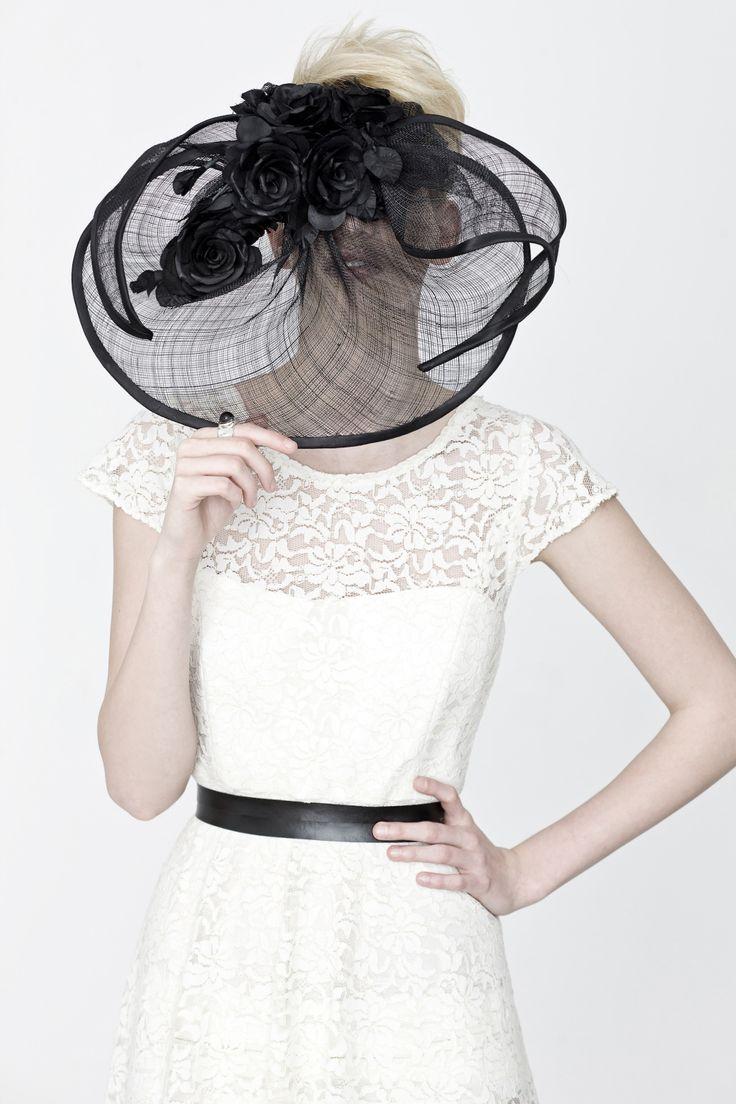 Makány Márta wedding dresses