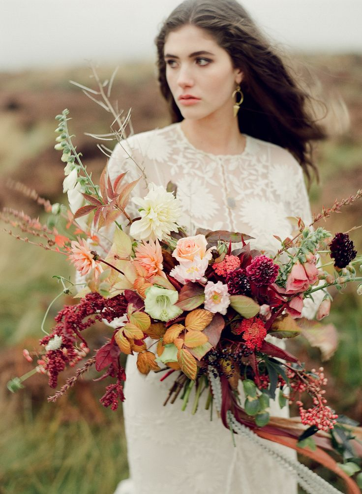 Autumn Heather Inspired Wedding Style | Wedding Sparrow | Taylor & Porter Photographs
