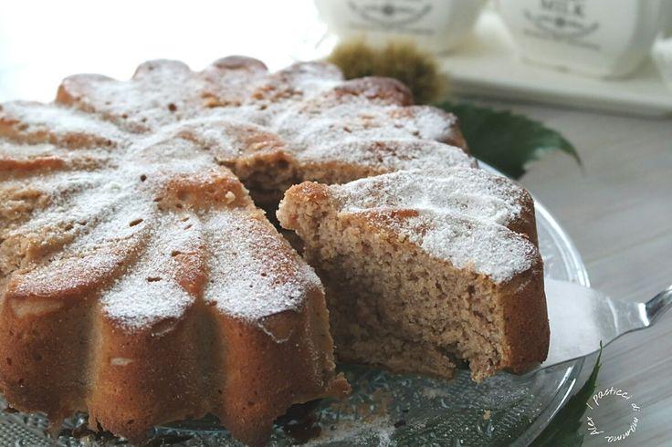 La Torta farina di castagne e ricotta è un dolce da credenza favoloso, profumatissimo, umido, soffice e che si conserva per almeno 3 giorni.