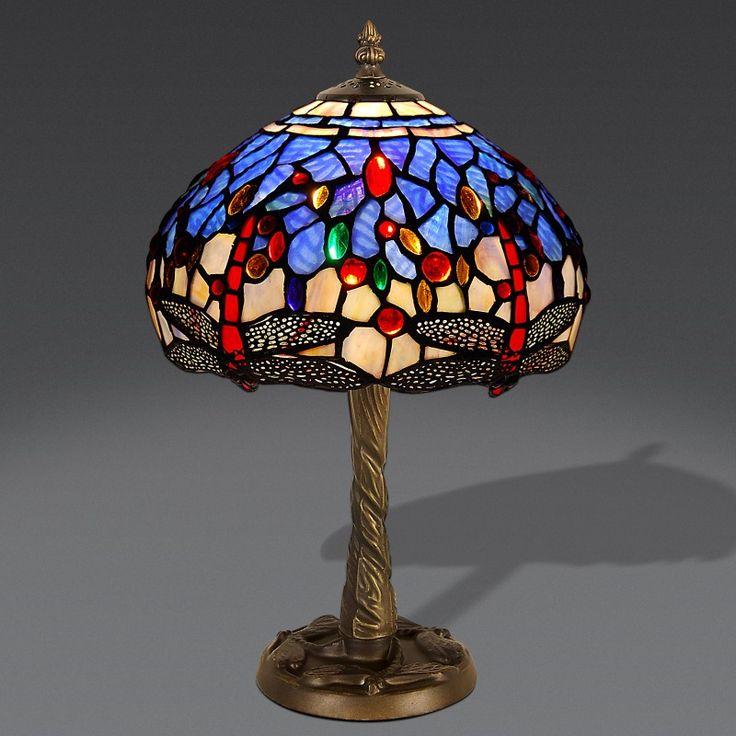 Lampada da Tavolo Tiffany con Libellule Rosse. Sfondo Avorio, Blu e piccoli pezzi Viola. Misura media.