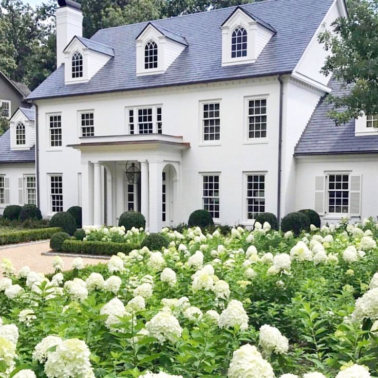 Stately Home With Gardens Colonial House Exteriors Colonial Exterior House Exterior