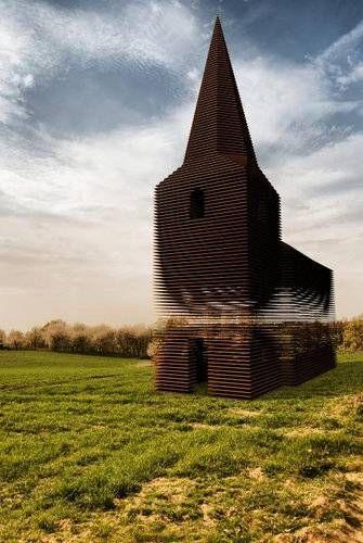 ベルギーの透ける教会07