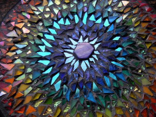 Best 25 broken glass art ideas on pinterest broken for Broken glass crafts