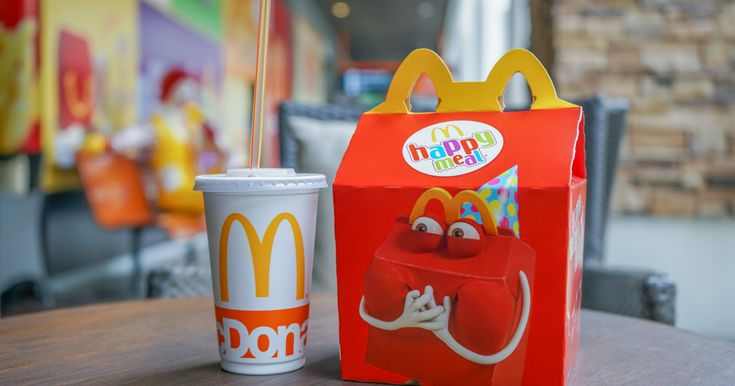 McDonald's Commits to Make Happy Meals Healthier By 2022  Dek:  The fast-food chain plans to reduce sodium sugar and calories.  Photo: Ratana21 / Shutterstock  McDonald's recently announced that it will provide more balanced meals for kids around the globe. This is huge considering 42 percent of children between the ages of 2 and 9 eat fast food on any given day in the U.S. alone.  By the end of 2022 the fast-food giant promises that 50 percent or more of their kids' meal options will abide…
