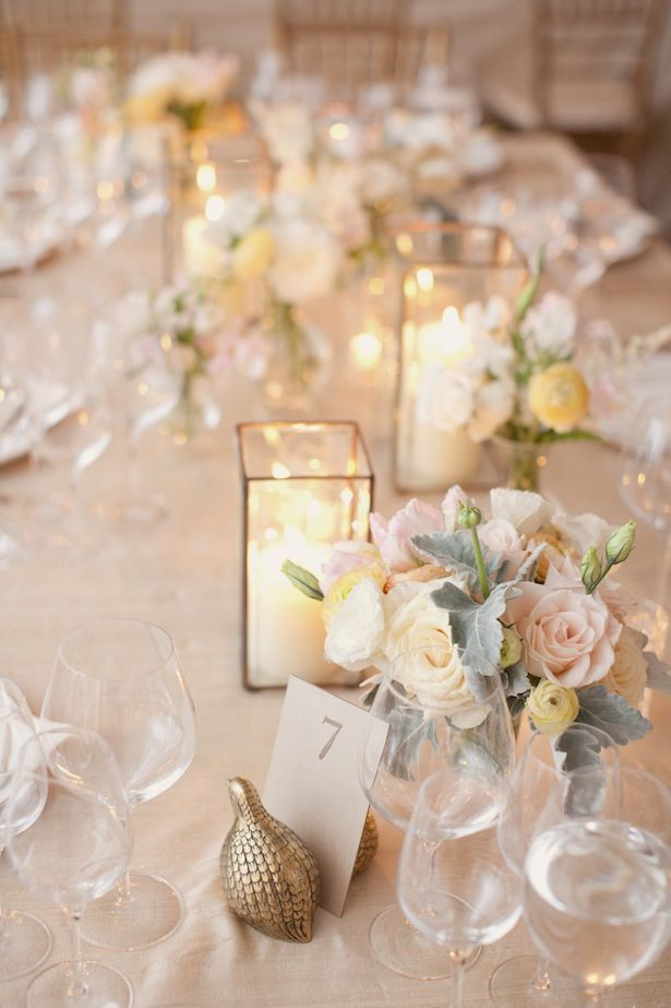 Just beautiful! Tablescape of rose gold | Photography by Elisabeth Millay