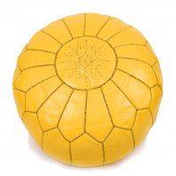 Tento taburet byl vyroben v Maroku z kvalitní kozí kůže v malé manufaktuře v blízkosti města Marakéš. Jeho rozměry jsou přibližně 55 x 40 cm, ve spodní části má zip.Taburet je možné jednoduše plnit molitanem,EPS kuličkami, přírodními materiály (kapokem či pohankou), ale takéstarým oblečením, hadry, novinami, ručníky, náplněmi do polštářů - fantazii se meze nekladou! V případě, že si přejete obdržet taburet již naplněný, prosím objednejte si také náplň.Drobné nepravidel...