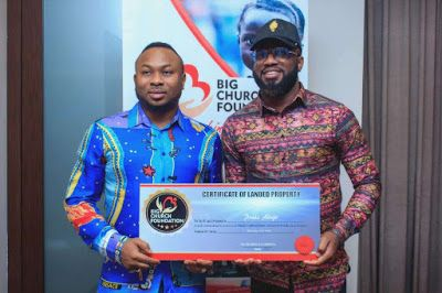 Tonto Dikeh's husband, Big Church Foundation, Olakunle Churchill, Praiz, N50m gift. Popular Nigerian gospel singer, Praiz Adejo, has been gifted N50million worth of land by Big Church Foundation owned and managed by actress, Tonto Dikeh's estranged husband, young Software and... #naijamusic #naija #naijafm