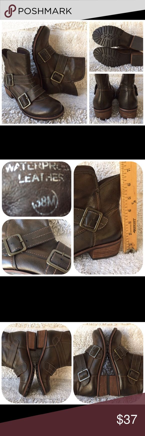 """Waterproof Short Boots Leather Upper & Lining Andre Assous Robin Waterproof Short Boots Leather Upper & Lining Rubber Sole Imported Woman's S/8M 38 Career, Club or motorcycle Buckles """"STORE SAMPLE"""" Made in Brazil U #7047 Andre Assous Shoes Ankle Boots & Booties"""