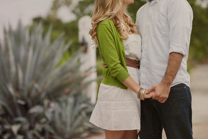 Ashley & Tyman's engagement, photography by This Modern Romance. #this_modern_romance #ashley #tyman #engagement #photography #green #white #black #couples #hands #love