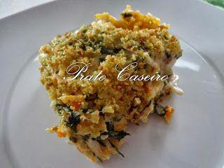 Prato Caseiro: Bacalhau com espinafres e batata palha gratinado com molho bechamel