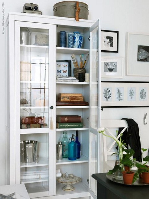 IKEA display cabinet ~ for purses ♥