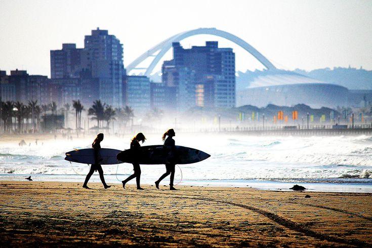 Surfing lessons in Durban - Moses Mabhida Stadium