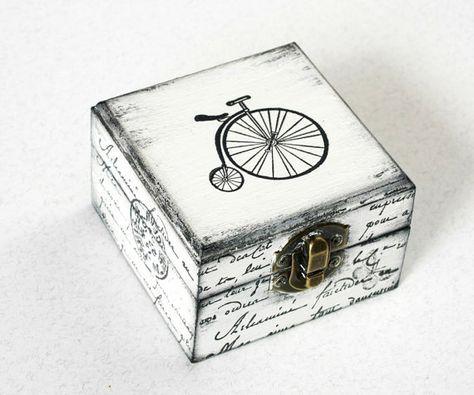 White Bicycle Treasury Box, Jewelry box, Wooden Box, Treasury Box, Jewelry Box, Distressed box
