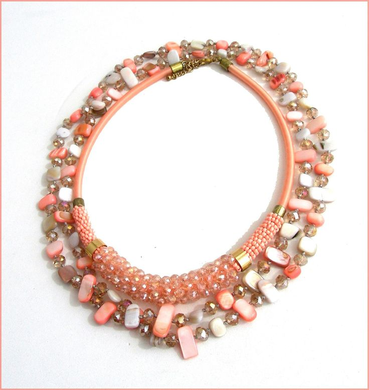 Collier-sautoir rose-saumon/gris pasel - Cristal, Nacre et métal : Collier par ladyplazza