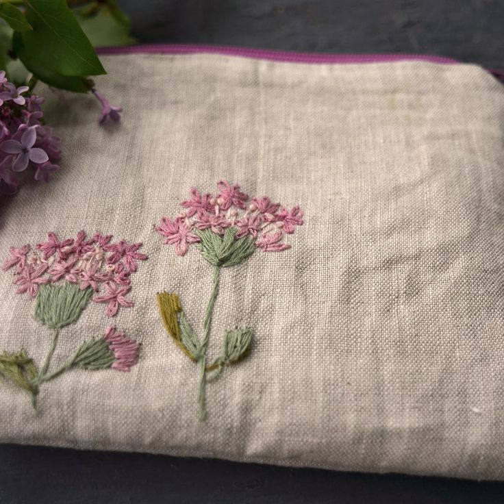 Allium#giftsforher #giftideas #handembroidery #embroiderylove #handmade #zipperpouch #emboideredpouch #etsy#etsyshop #etsyseller #etsyfinds #handembroidery #embroideries #embroideredflowers