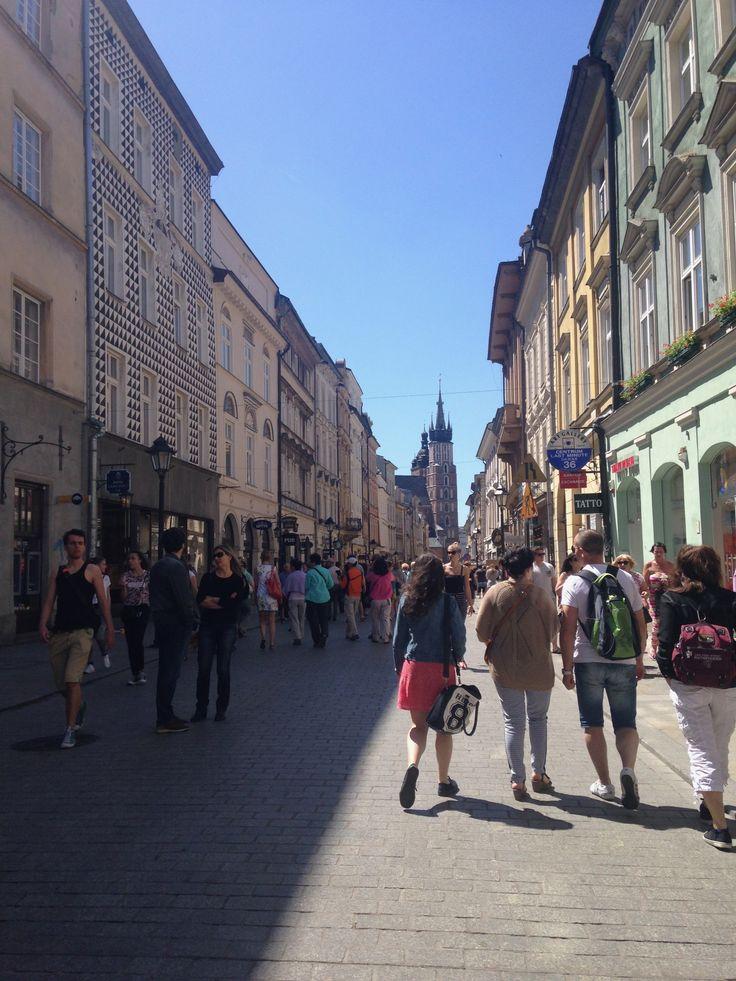 Visitar Cracovia. Qué hacer, dónde hospedarse. Cómo aprovechar los días en Polonia.