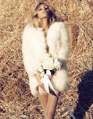 Sexy: Winter Wedding, Hair Makeup, Girls Fashion, Fur Fashion, Traditional Wedding, Camilla Akran, Anja Rubik, Fashion Shoots, Vogue Japan