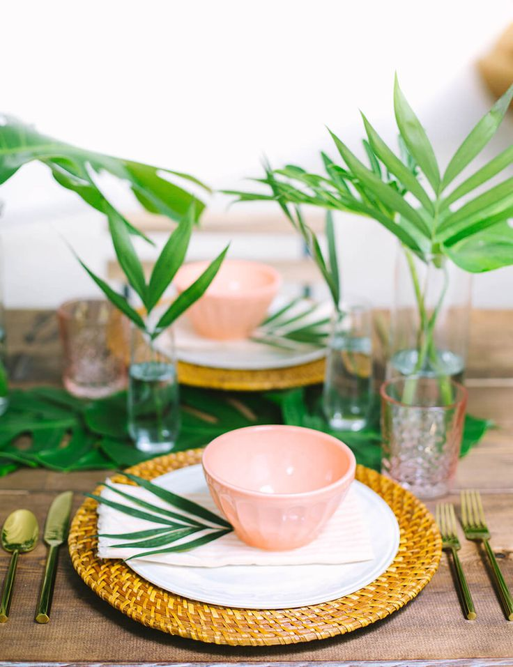 Hosting An Easy (And Affordable) Summer Dinner Party
