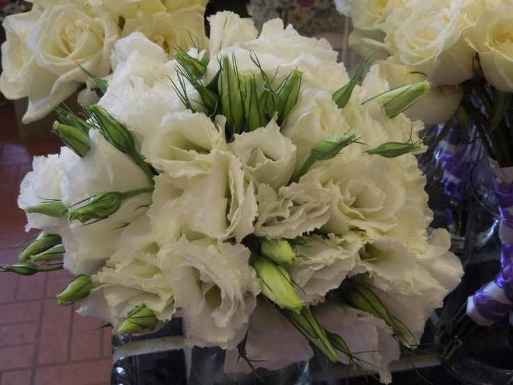White lisianthus bridesmaid bouquet