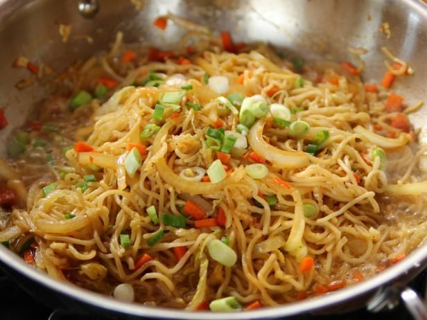 Chow Mein: Serve with Orange Chicken, Cream Cheese Wontons, Beef With Broccoli: Cravin Asian