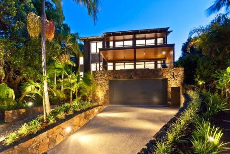 Beautiful Flower Retreat, Luxury House in Byron Bay, Australia | Amazing Accom