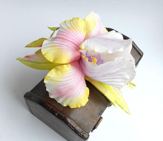 Handmade+painting+silk+iris+flower+brooch%2C+Feminine+fabric+flower+brooch%2C+bridal+brooch+%2Cflower+for+sash%2C+flower+hair+clip%2C+silk+flower.