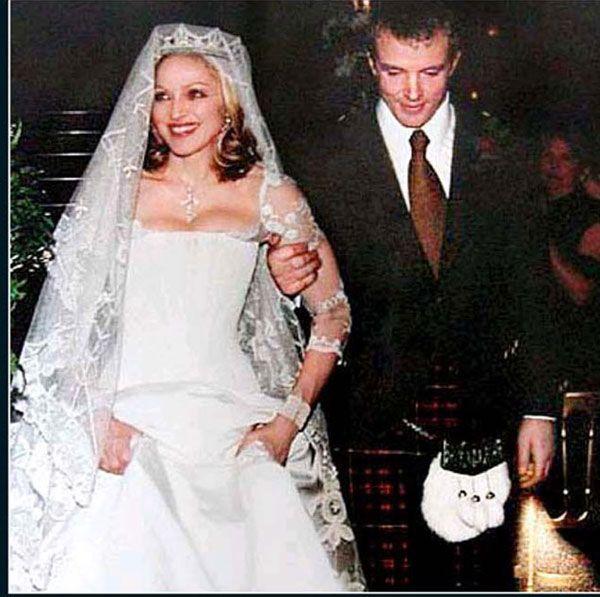Hollywood Celebrity: Celebrity Wedding